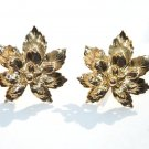 Gorgeous Euc vintage clip earrings gold metal leaf leaves intricate ornate