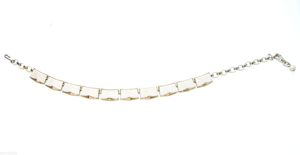 vintage gold tone metal chain thermoset choker necklace short off white ivory