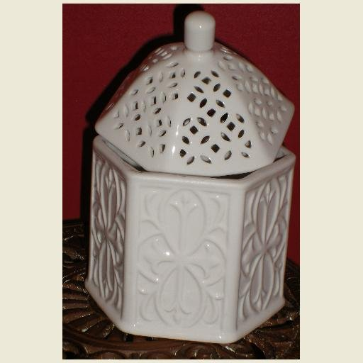 Lacy Ceramic Trinket Box