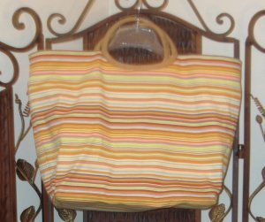 $7***beach bag - multicolored