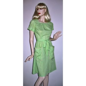 Swirl Wrap Dress Green Gingham Embroidered Rosebuds Size 10