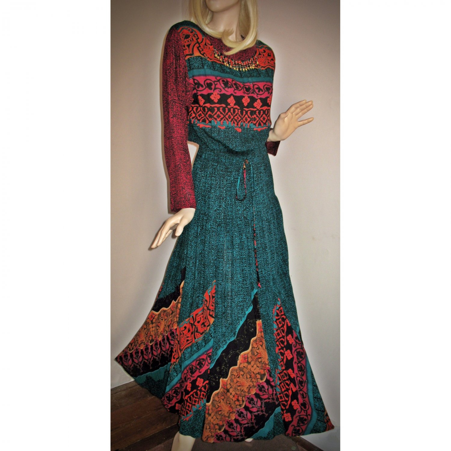 Vintage Hippie Boho Maxi Long Festival Dress Border Print