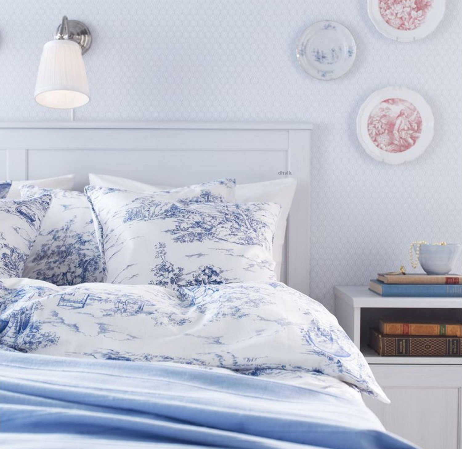 ikea emmie land queen duvet cover pillowcases set blue white toile french design double full. Black Bedroom Furniture Sets. Home Design Ideas