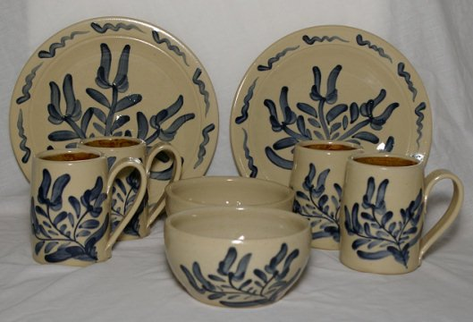 Maple Hill Pottery - 8 pcs