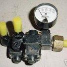 Aircraft Oxygen Cylinder Valve & Pressure Gauge, 35-8004