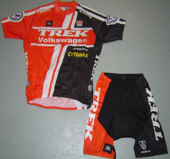 TREK VOLKSWAGEN VW CYCLING JERSEY AND SHORTS KIT SZ M