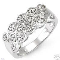 STUNNING DIAMOND RING WHITE GOLD SIZE 7