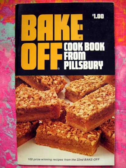 SOLD!  VINTAGE 1961 PILLSBURY BAKE OFF COOKBOOK 22nd  GRAND NATIONAL