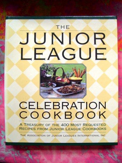 JUNIOR LEAGUE CELEBRATION COOKBOOK  Large Binder with 400 Recipes