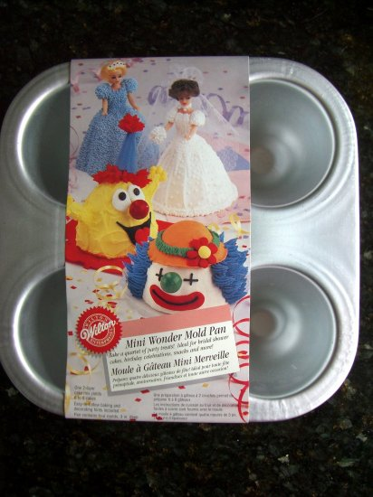 WILTON CAKE PAN MINI WONDER MOLDS # 2105-3020 Never Used & Hard to Find!
