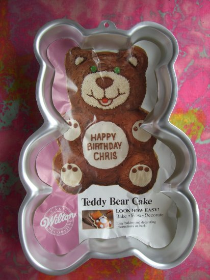 SOLD! Wilton Cake Pan TEDDY BEAR With Insert!!  1986 # 2105-9402  MINT!