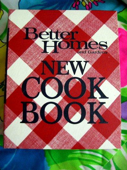 SOLD!  VINTAGE 1968 Better Homes & Gardens Cookbook 5 Ring Binder EXCELLENT!