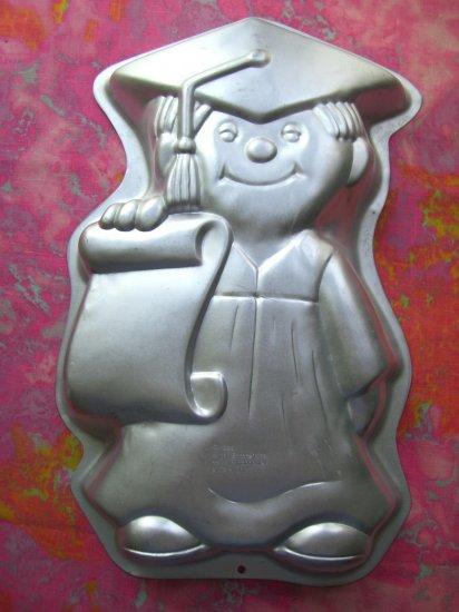 SOLD! Vintage 1995 WILTON GRADUATION CAKE PAN # 2105-1800 Graduate