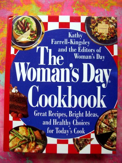 SOLD! Woman's Day Cookbook HC 700 Recipes