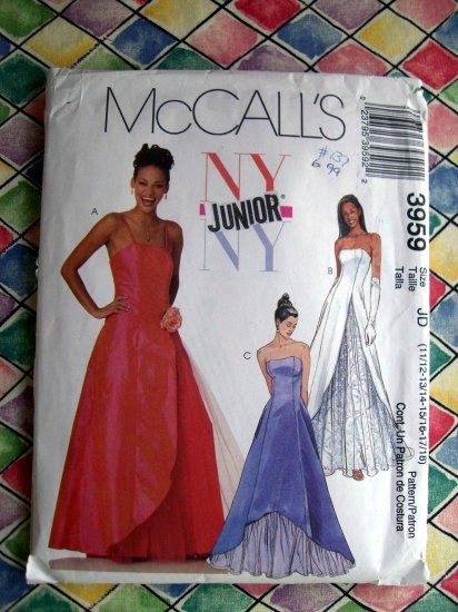 SOLD! McCall's Pattern # 3959 UNCUT Junior Prom Dress Gown Size 11/12 13/14 15/16 17/18