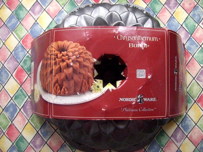 SOLD! NEW Fancy Nordic Ware Bundt Cake Pan Chrysanthemum Edition