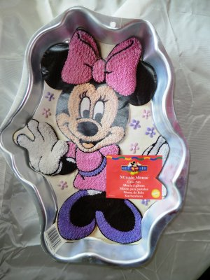 Minnie Mouse Cake Pan Wilton