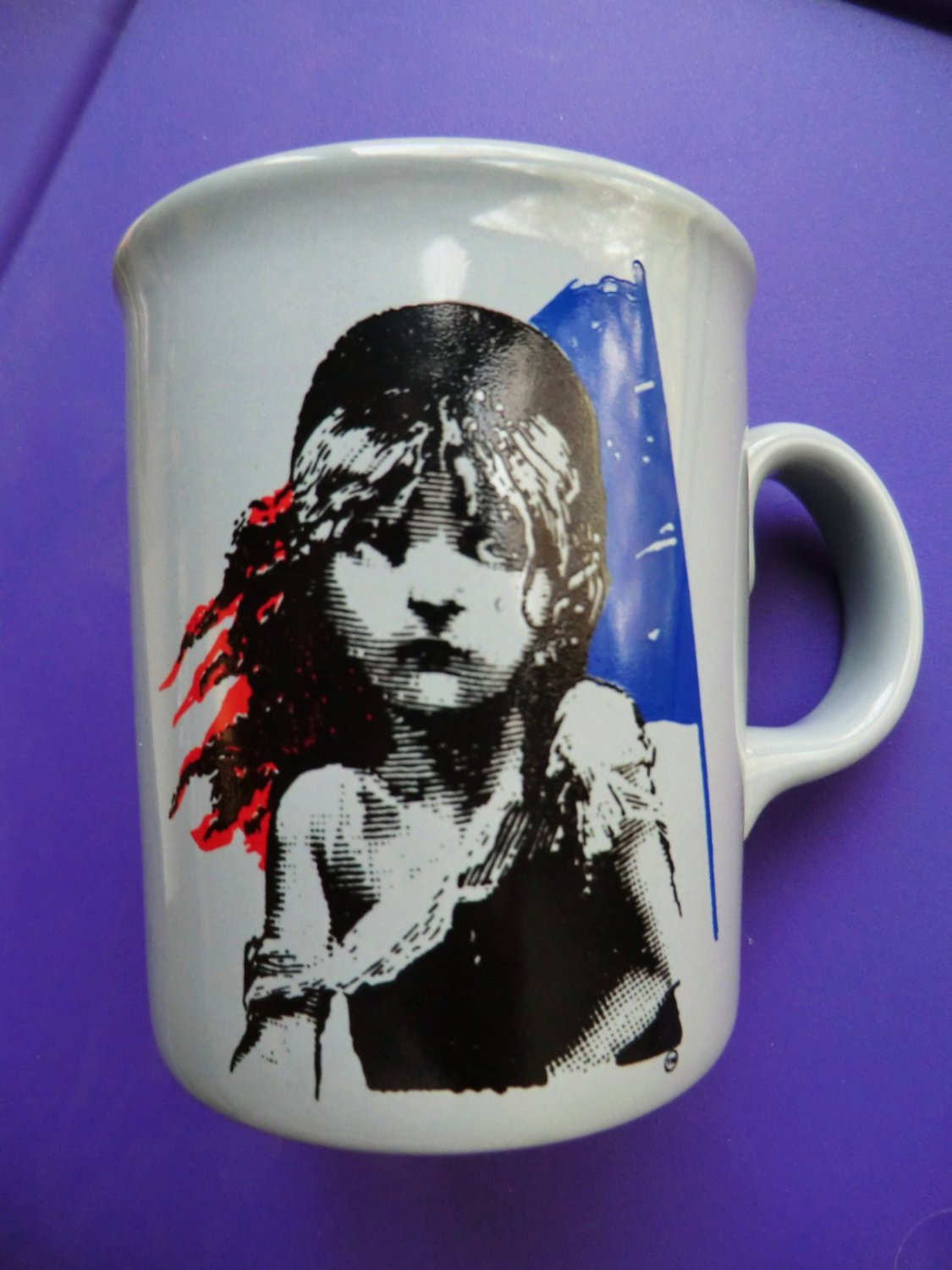 SOLD! Vintage 1986 LES MISERABLES Coffee Mug  Made in England