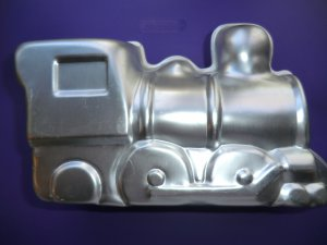 Wilton 3D Choo-Choo Train Cake Pan Set