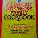 Vintage 1979 Pillsbury KITCHENS' FAMILY Cookbook ~ 5 Ring Binder