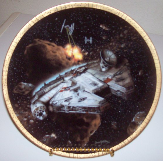 "Star Wars Space Vehicles ""Millennium Falcon"" 1994 Hamilton Collection Plate"