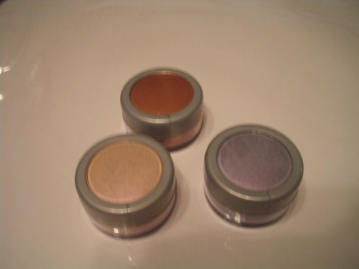 Hypnotics 2001 Limited Ed Shimmering Eye Powder H2Oh MARY KAY SAVE GIFT **JUST REDUCED**