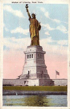 The Statue of Liberty on Bedloe's Island, New York Bay NY Vintage Postcard - 0013