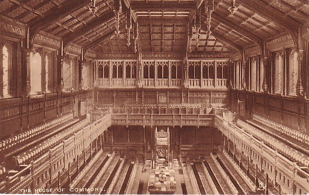 House of Commons in London England, Raphael Tuck & Sons Vintage Postcard - 0559