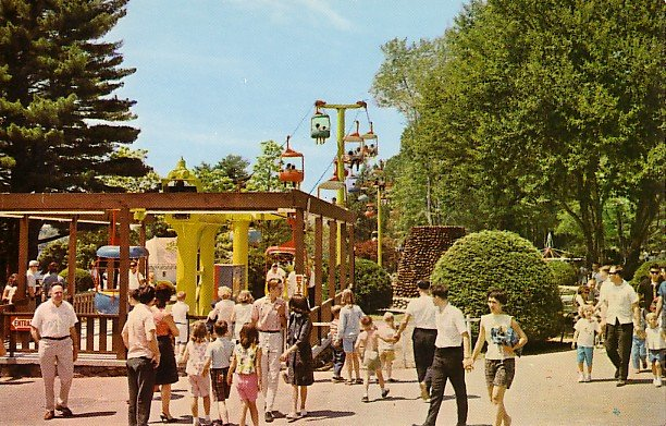 Canobie Park in Salem New Hampshire NH Chrome Psotcard - 1188