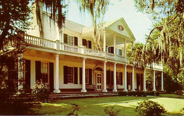 Linden Mansion in Natchez Mississippi MS Curt Teich Chrome Postcard - 1739