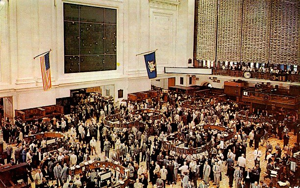 On the Floor of the New York City Stock Exchange in NY, 1959 Chrome Postcard - 2283