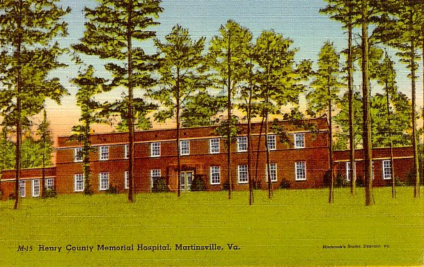 Henry County Memorial Hospital in Martinsville Virginia VA, Linen Postcard - 2381