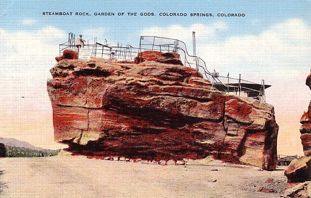 Steamboat Rock at Garden of the gods in Colorado CO Linen Postcard - 2502