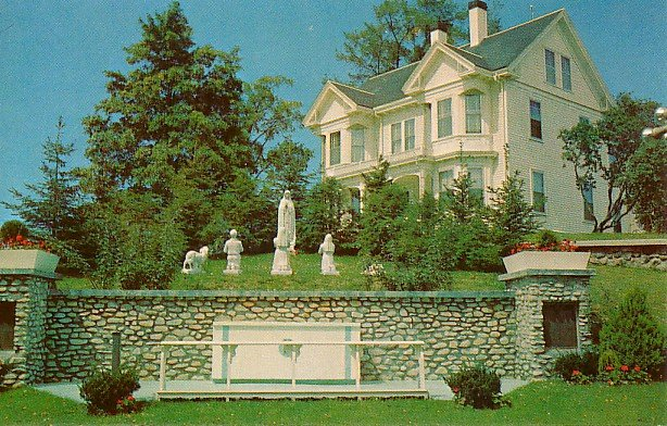 St. Bernards Rectory and Lady of Fatima Shrine in Rockland Maine ME, Chrome Postcard - 2649