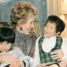 Nancy Reagan in Korea with Children 1983 Chrome Postcard - 2698