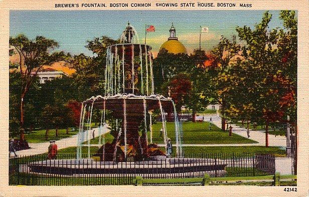 Brewer's Fountain at Boston Common in Massachusetts MA, Linen Postcard - 2843