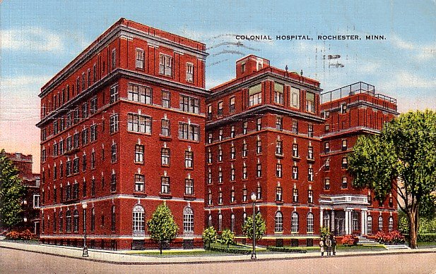 Colonial Hospital in Rochester Minnesota MN, 1944 Linen Postcard - 2855
