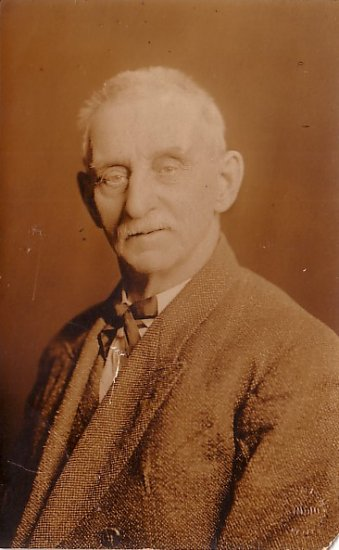 Mr. Bedell, Grandfather of Gladys, Florence & Mabelle Stowell, Real Photo Post Card - 2928