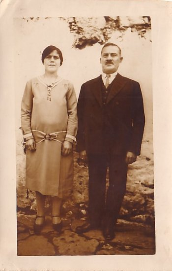 Portrait of Couple in Sunday Best Clothes, Real Photo Post Card RPPC - 2948