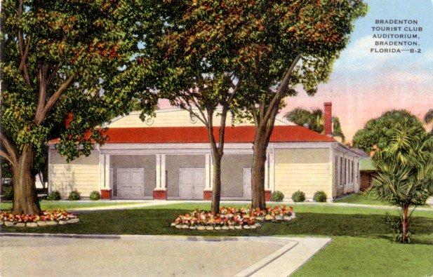 Tourist Club Auditorium in Bradenton Florida FL, 1949 Linen Postcard - 3122
