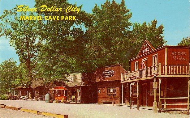 Street Scene of Popcorn Wagon at Silver Dollar City in Branson Missouri MO, Chrome Postcard - 3207