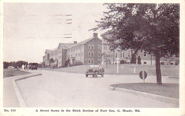A Street Scene in the Brick Section of Fort Geo. G. Meade, Maryland MD, 1945 Vintage Postcard - 3263