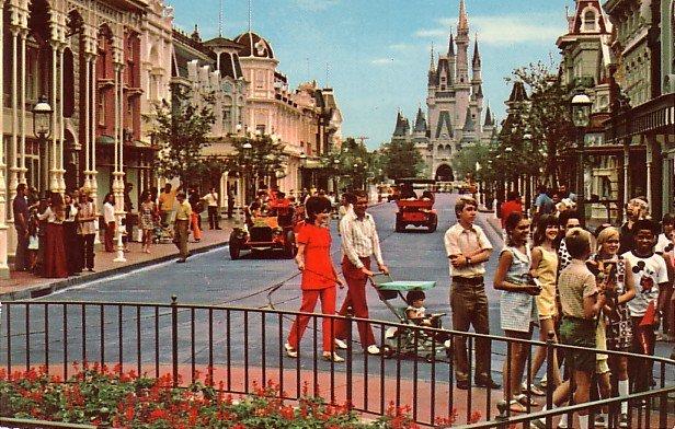Main Street, U.S.A. at Walt Disney World in Florida, Chrome Postcard - 3821