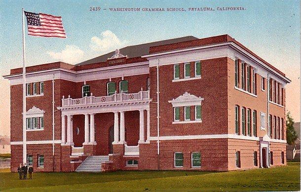 Washington Grammar School in Petaluma California CA, Edward H Mitchell 1910 Vintage Postcard - M0090