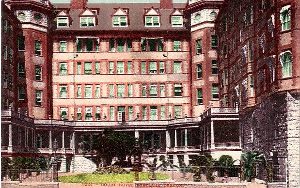 Court Hotel in Portland Oregon OR, Edward H Mitchell 1907 Postcard - M0180