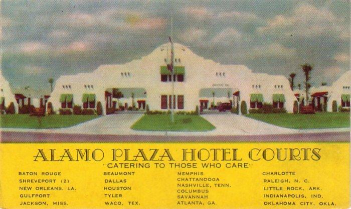 Alamo Plaza Hotel Courts Advertising Postcard - 4262