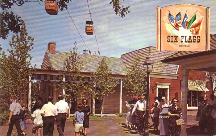 Gracious Days of the Confederacy at Six Flags over Texas, Chrome Postcard - 4366