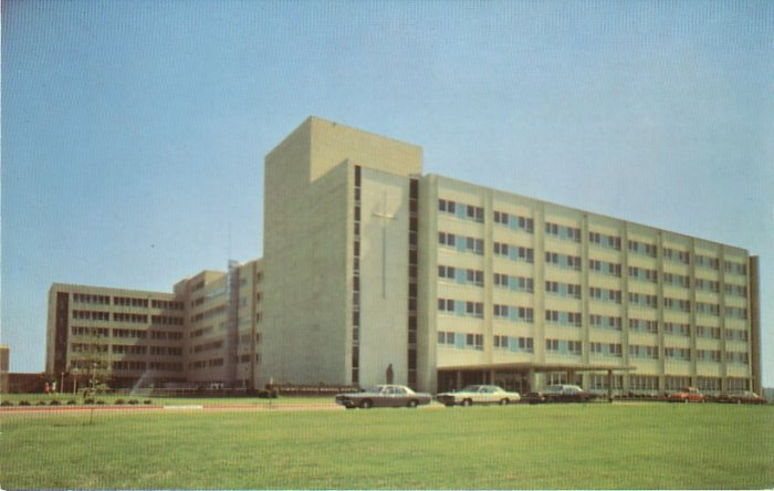 St. Dominic Jackson Health Services in Jackson Mississippi MS Postcard - 4547