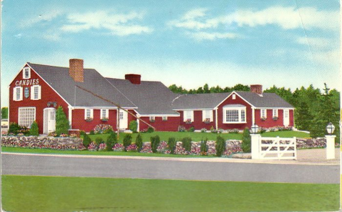 Putnam Pantry Candies in Danvers Massachusetts MA 1956 Chrome Postcard - 4553