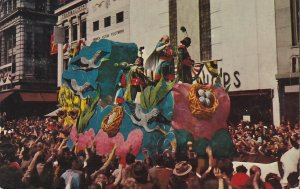 Mardi Gras in New Orleans Louisiana LA, 1953 Standard Size Chrome Postcard - 5392